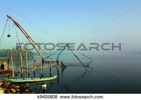 Pictures of Kerala cochin backwaters with chinese fishing net.
