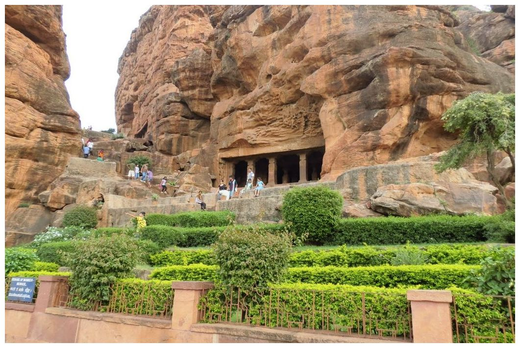 Badami temple photos.