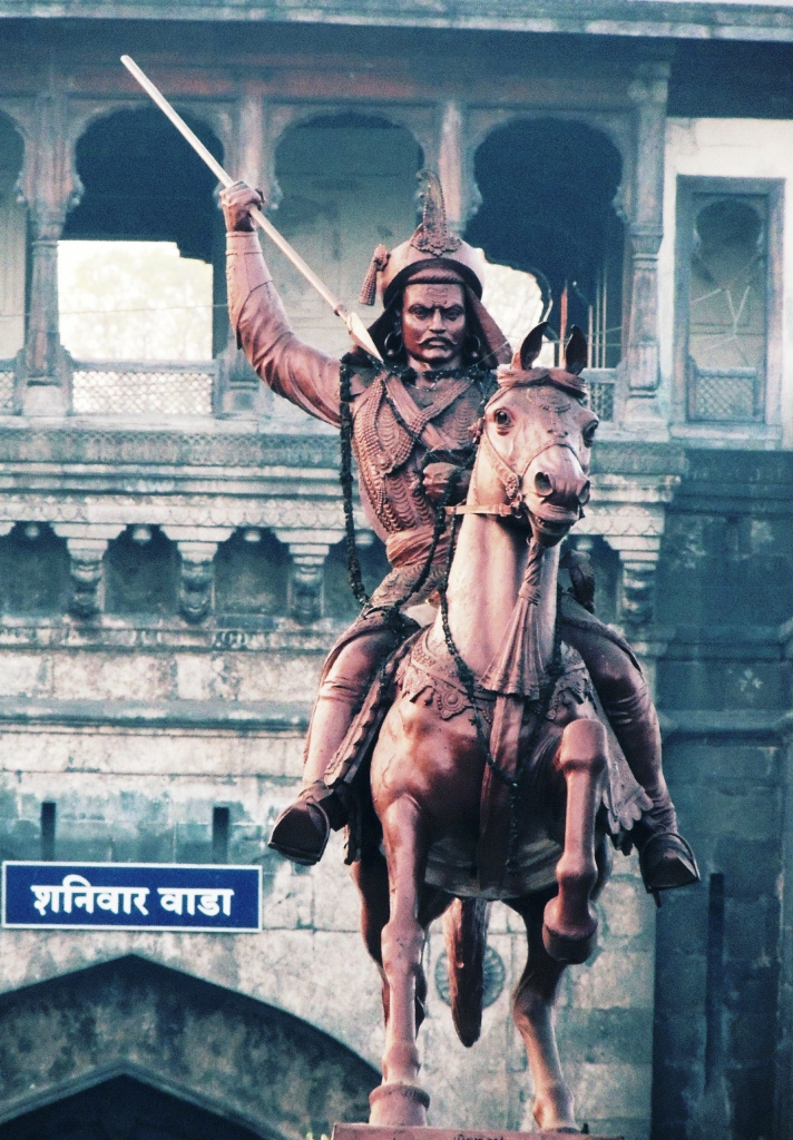 File:Bajirao Peshwa Statue, Pune.jpg.