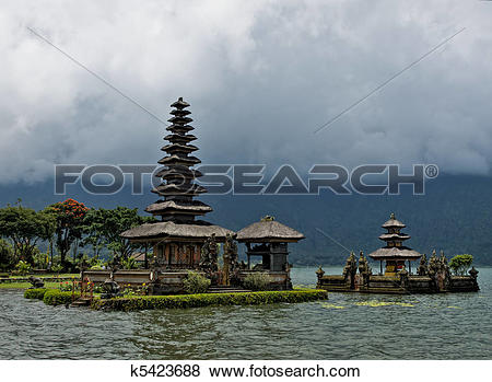 Pictures of Balinese water temple k5423688.