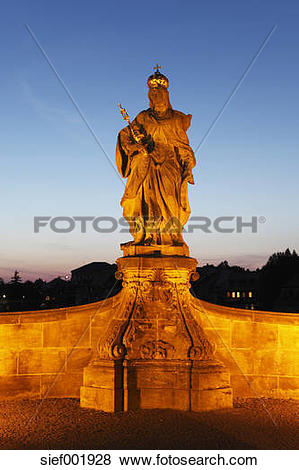 Pictures of Germany, Bavaria, Bamberg, Statue of Empress Kunigunde.