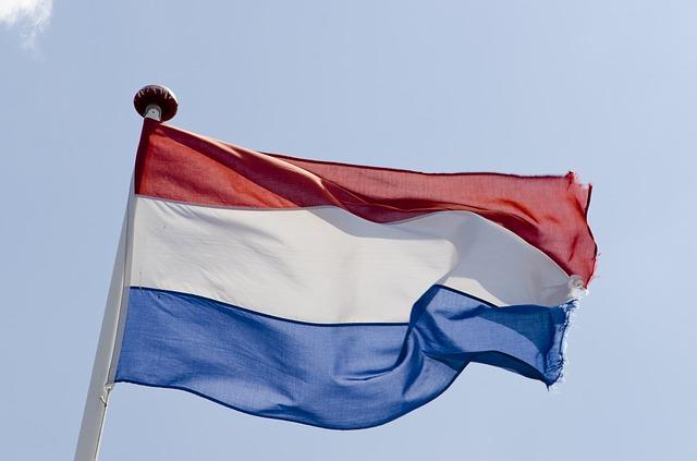 Matrícula en Bandera belga y holandesa.
