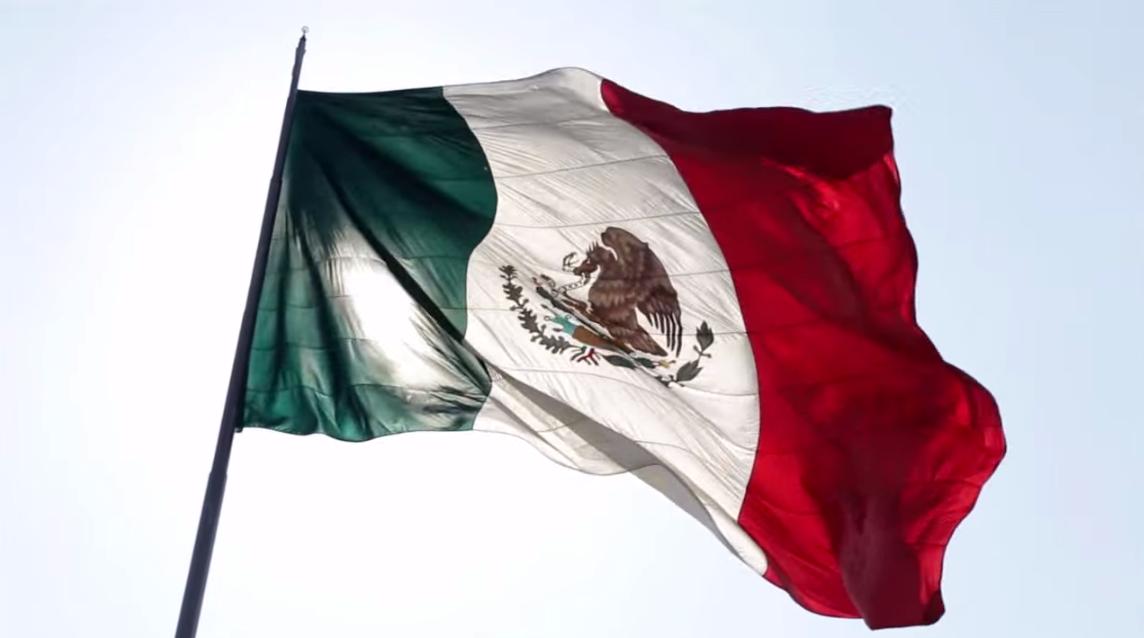 SocialNet MX: HISTORIA DE LA BANDERA MEXICANA.