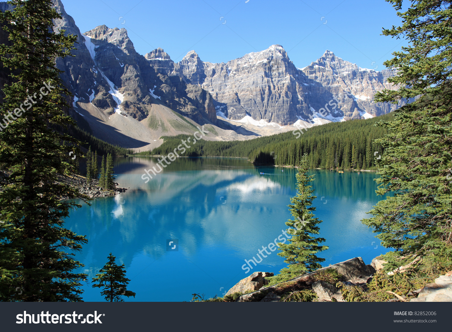 Beautiful Moraine Lake Banff National Park Stock Photo 82852006.