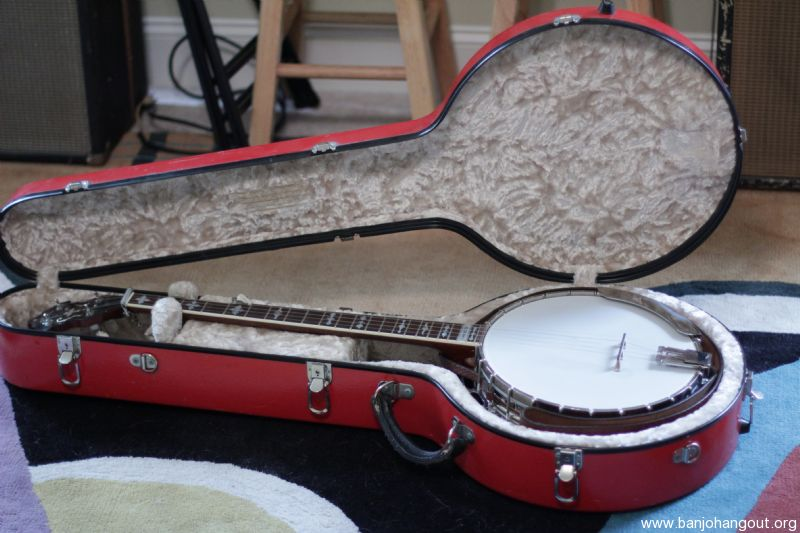 Used Calton Banjo Case For Sale.