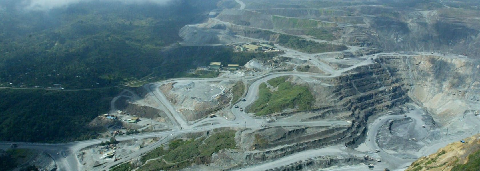 PNG said to seek bigger Porgera stake.