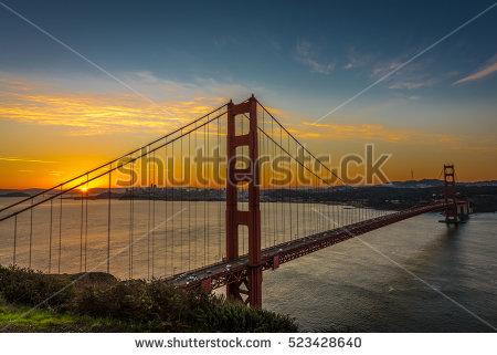 Dawn Sunrise Golden Gate Bridge San Stock Photo 526524367.