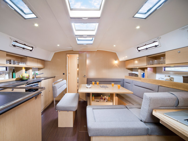 Yacht Charter Sailing Italy.