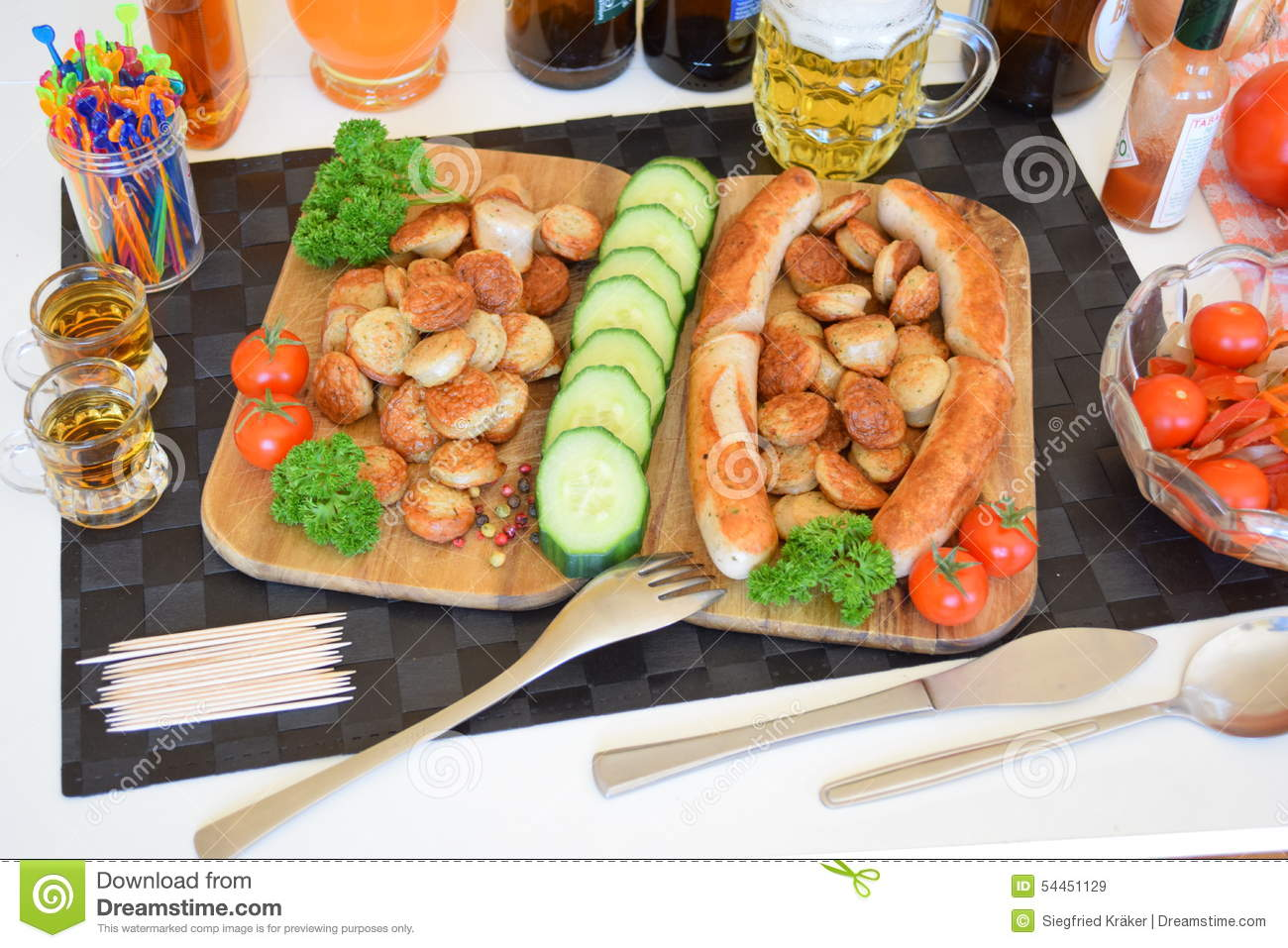 Bratwurst, German Bratwurst, German Sausages, Weiss.