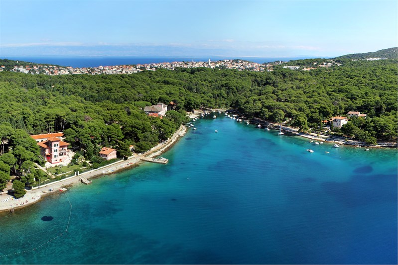 Hotels overview for islands Losinj and Cres @ Island Losinj.