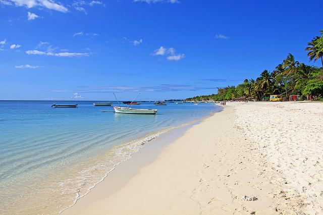 File:Mauritius beach.png.