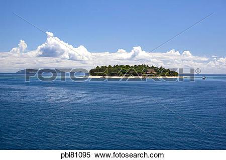 Stock Image of Beachcomber Resort, Mamanucas, Fiji pbl81095.