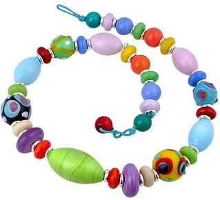 Bead necklace clipart.
