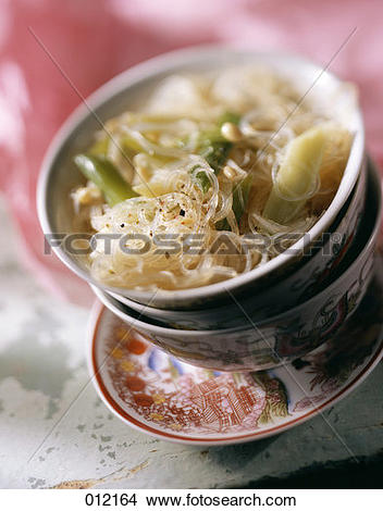 Stock Photo of Vermicelli with bean sprouts 012164.