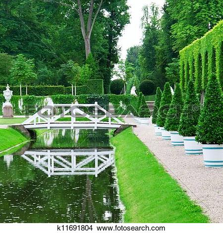 Stock Photo of beautiful park with a pond k11691804.