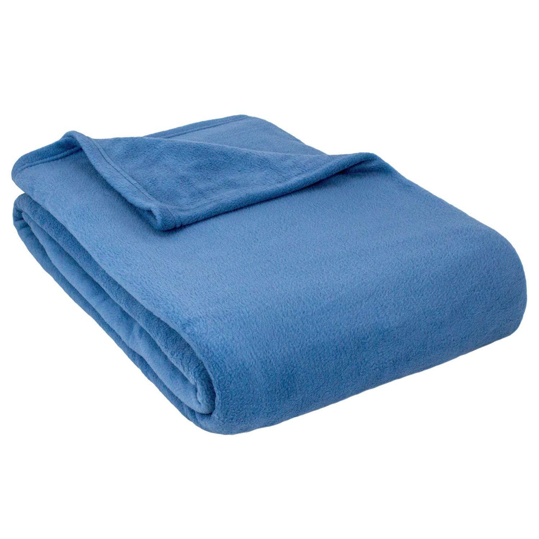 Blanket clipart folded blanket, Blanket folded blanket.