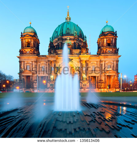 berlinpictures's Portfolio on Shutterstock.