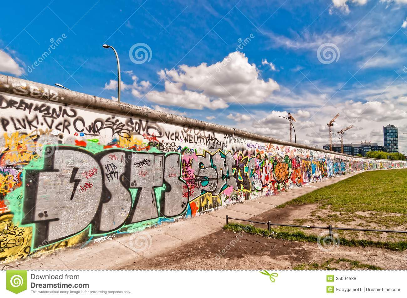 Berlin wall clipart.
