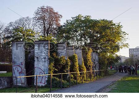 "Pictures of ""Ruins of the Berlin Wall, Gedenkstatte Berliner Mauer."