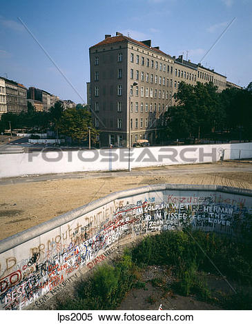 Stock Image of 24 1986 Germany Berlin Wedding French Sector Wall.