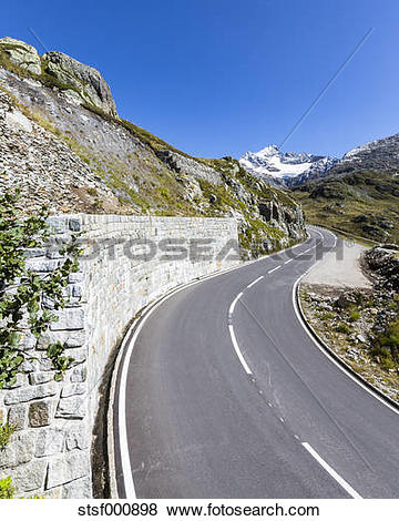 Pictures of Switzerland, Bernese Oberland, Susten Pass, Gadmertal.