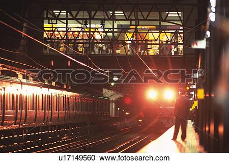 Stock Photography of Express Train With Sleeping Berths u17149560.