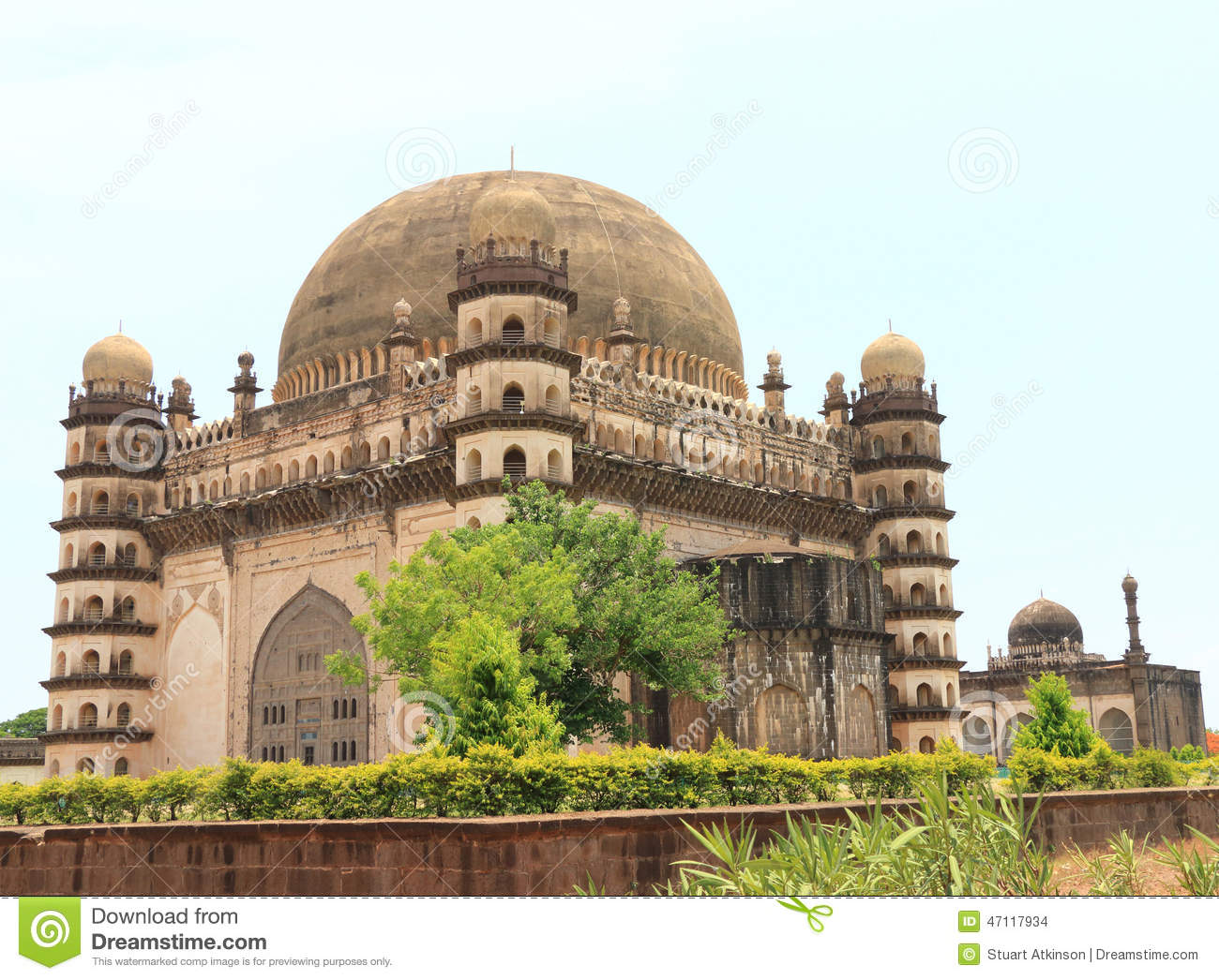 Gol Gumbaz Palace And Mausoleum Bijapur Karnataka India Editorial.