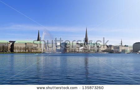 Hamburg Skyline Lizenzfreie Bilder und Vektorgrafiken kaufen.