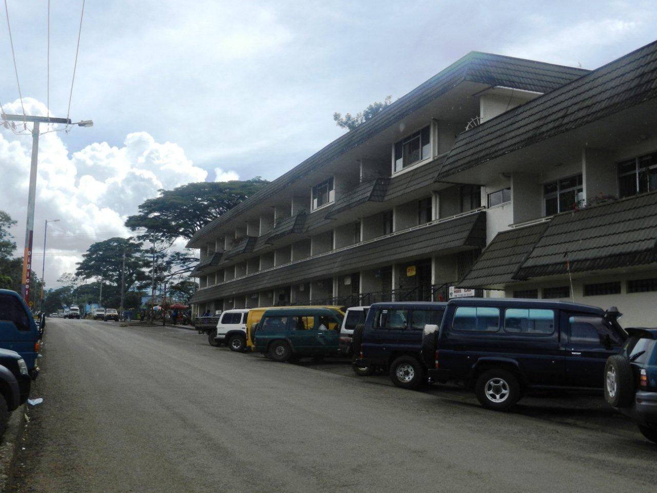 Malum Nalu: Bird of Paradise Hotel, Goroka.