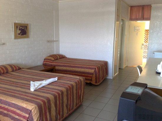 Room, Bird of Paradise Hotel, Goroka.