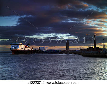 Stock Photograph of England, Merseyside, Birkenhead. Twilight.