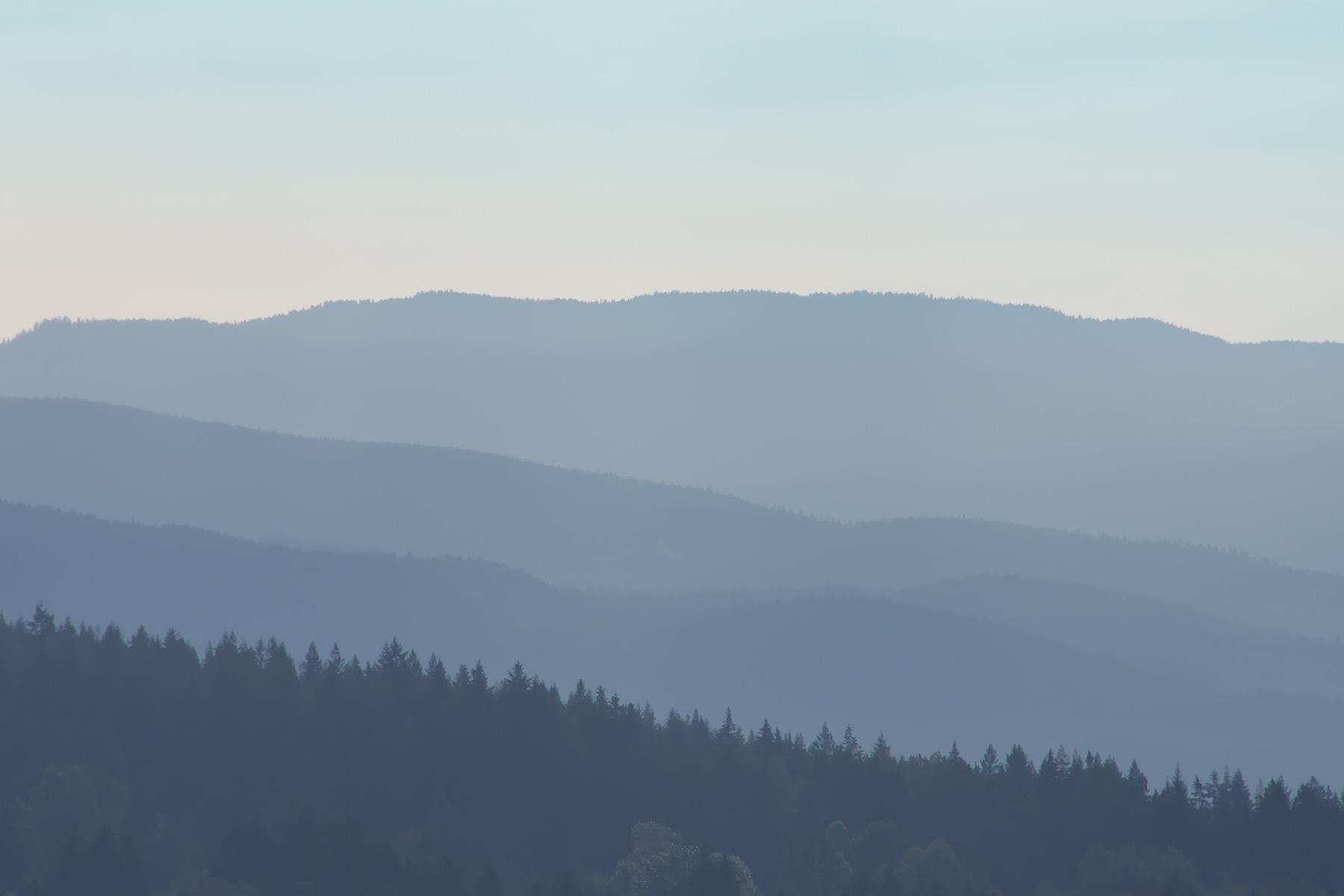 Blue ridge mountains desktop clipart.
