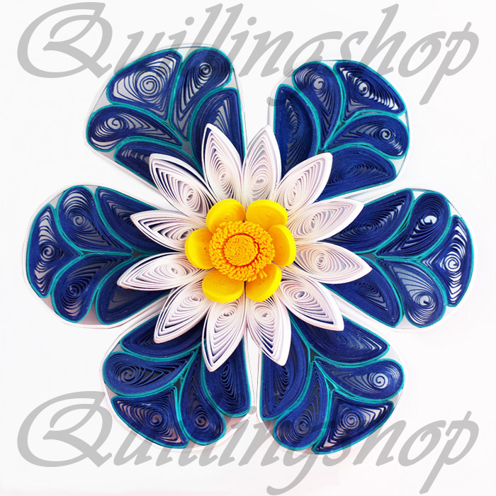 Fantasy flowers / quilling.