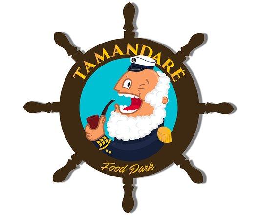 O mascote Almirante Tamandaré, do primeiro park gastronômico a céu.