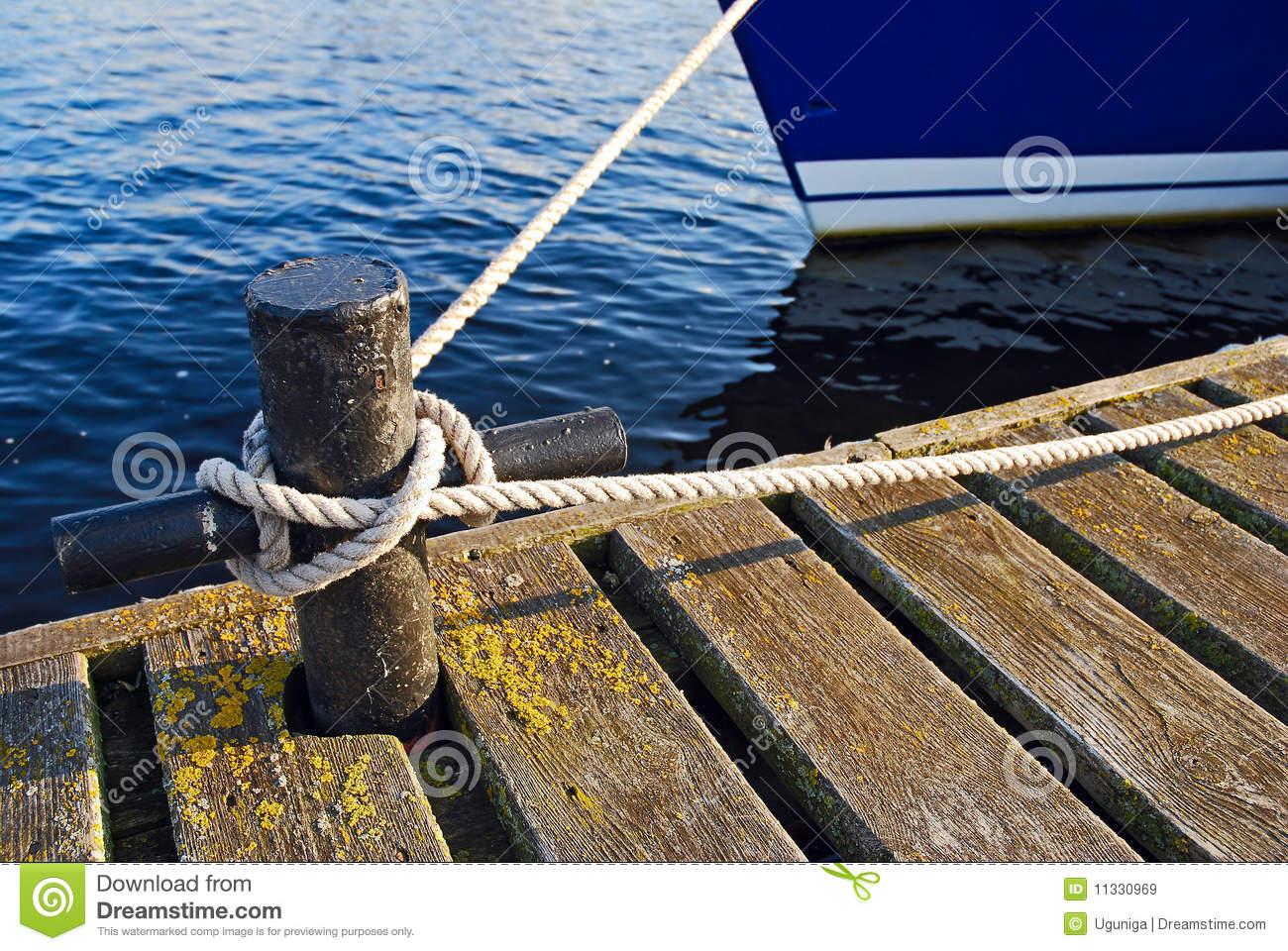 Boat Tie.