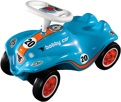 Bobby Racingblau.