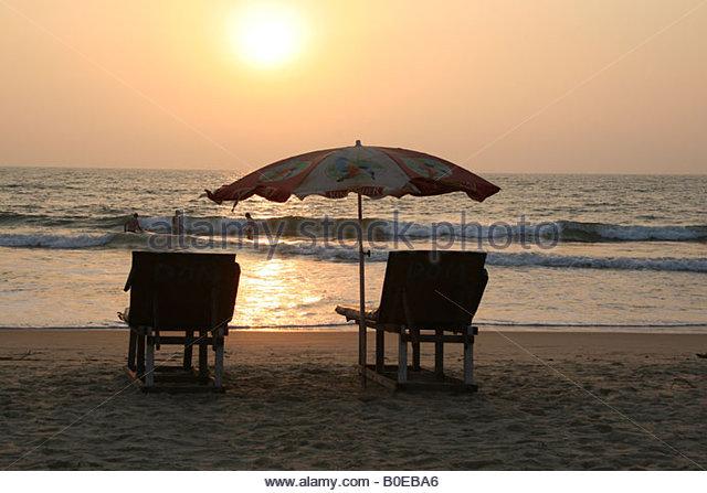 Asian Tourist Umbrella In Beach Stock Photos & Asian Tourist.