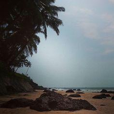 Location : Bogmalo Beach, Goa The pearl white sandy shore and the.
