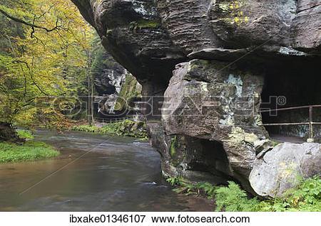 "Picture of ""Edmundova Sout?¢ska gorge, Kamenice river, autumn."