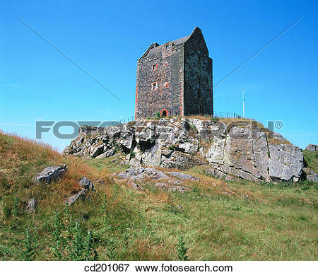 Picture of Smailholm Tower. Scottish Borders. Scotland cd201067.