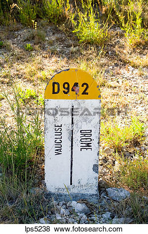 Pictures of ROADSIDE BOUNDARY STONE FOR DROME AND VAUCLUSE.