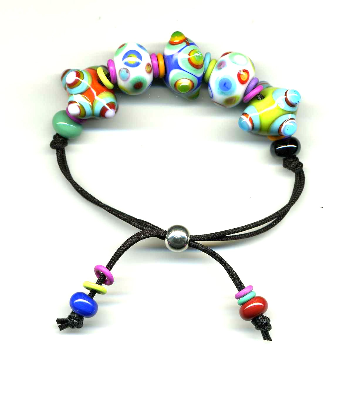Bead bracelet clipart.