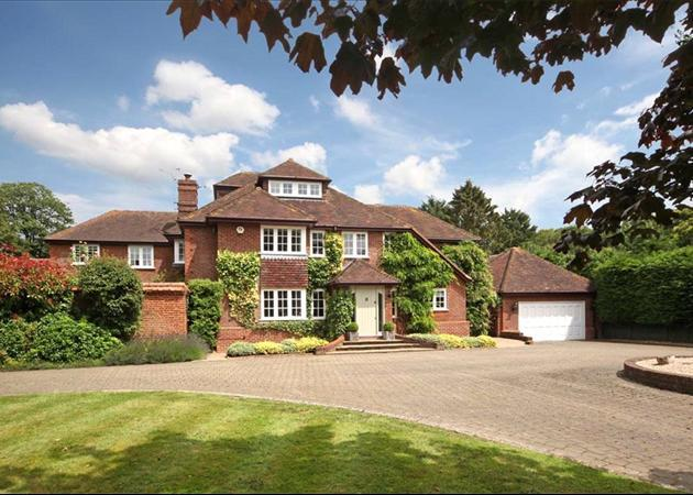 5 bedroom detached house for sale in Deans Lane, Charter Alley.