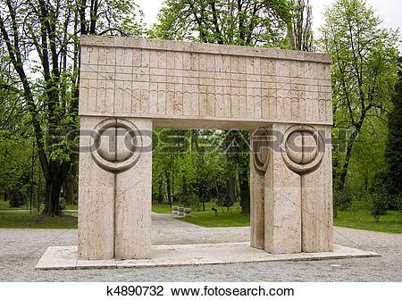 Stock Photo of Sculpture of Brancusi, Romania (Kiss Gate) k4890732.
