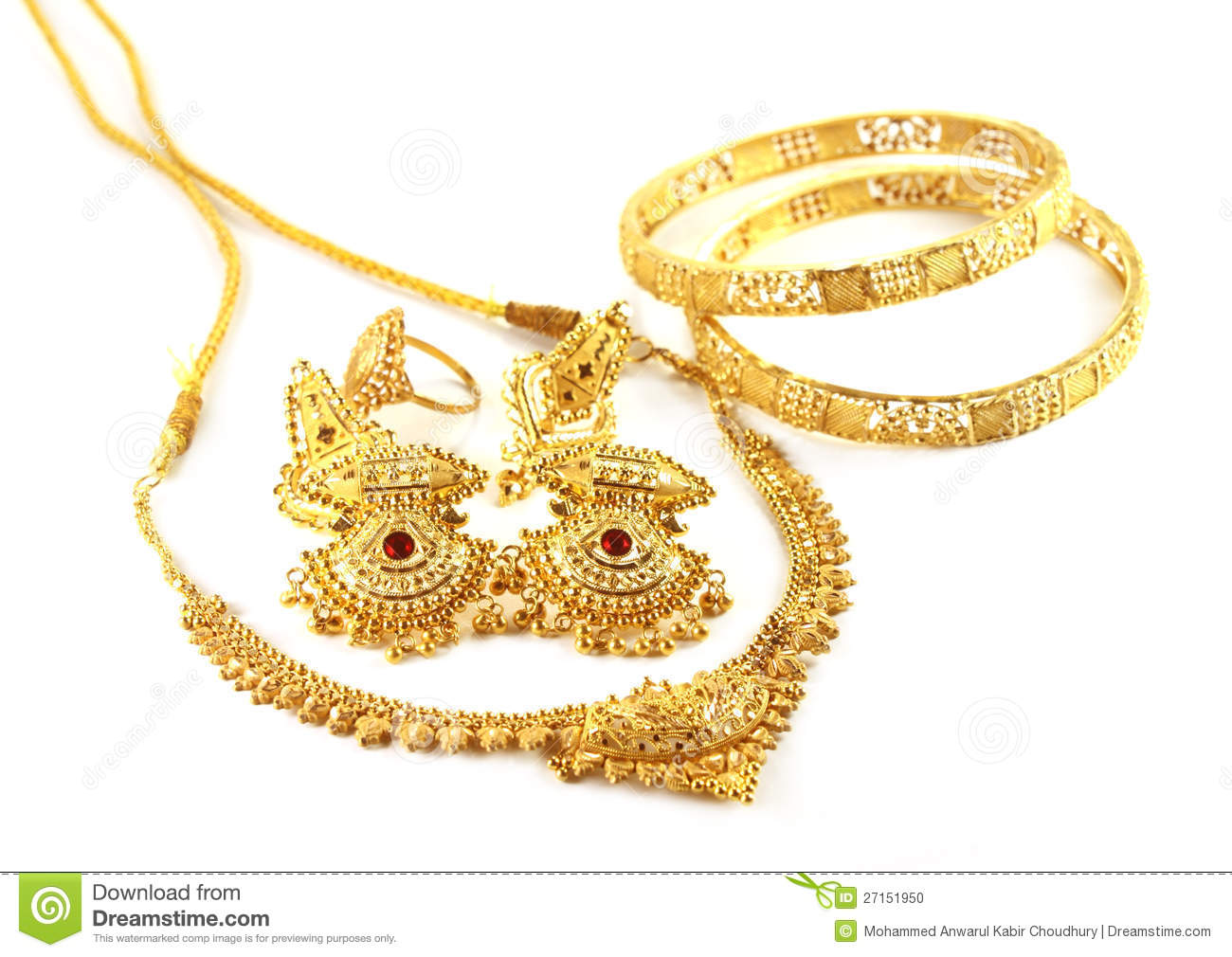 gold jewelry in india.