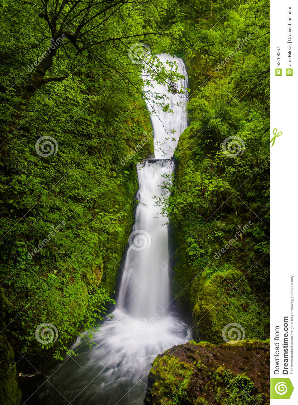 Bridal Veil Falls, In The Columbia River Gorge Stock Photo.