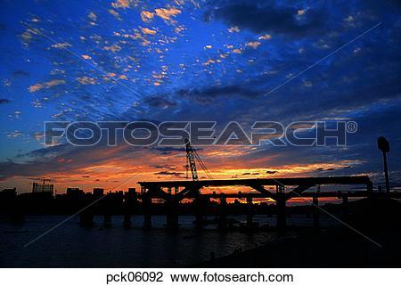 Stock Photo of bridge, pier, bridge, cloud, fabric, structure, red.