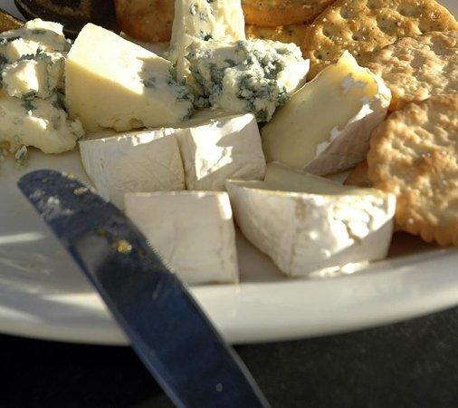 Brie de Meux truffé Maison.