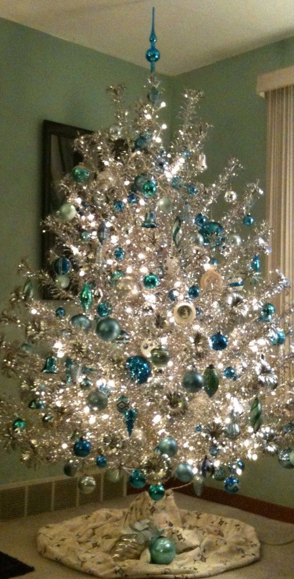 17 Best ideas about Vintage Christmas Trees on Pinterest.