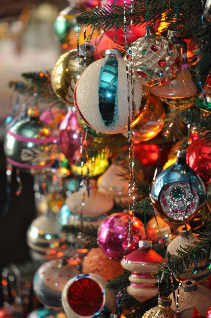 25+ best ideas about Retro Christmas on Pinterest.
